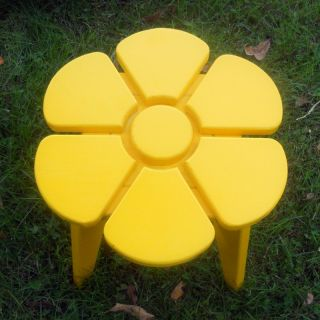 Prairie Leisure Kids Junior Flower Adirondack Table   80 UNFINISHED