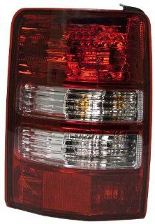 OE Replacement Jeep Liberty Driver Side Taillight Assembly (Partslink Number CH2800180) Automotive