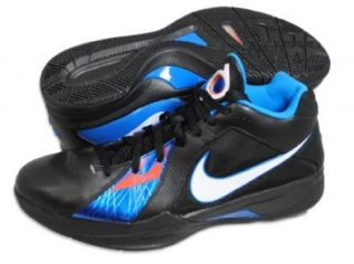 Nike KD III Basketball Shoe Sports & Outdoors