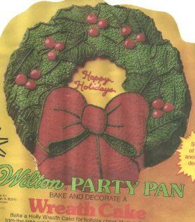 Wilton Cake Pan Holiday Wreath (502 1484, 1980) Kitchen & Dining