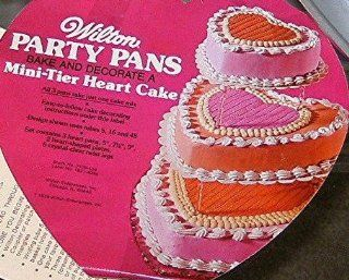 Wilton Mini Tier Heart Cake Pans   Set of 3 (502 3053, 1976) Kitchen & Dining