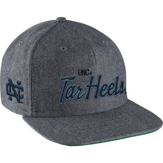 NIKE Mens North Carolina Tar Heels Vault Script Adjustable Snapback Cap, Navy