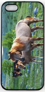 Rikki KnightTM Three Horses in Field Design iPhone 5 & 5s Case Cover (Black Rubber with bumper protection) for Apple iPhone 5 & 5s Cell Phones & Accessories