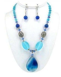 Necklace Set Variegated Blue Agate Pendant Blue Beads WSO763RDSOD  Office And School Rulers