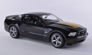 Ford Mustang GT, black/gold , 2010, Model Car, Ready made, Greenlight 118 Greenlight Toys & Games