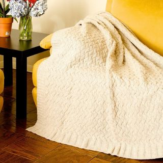 Darzzi Lambs Wool Ruffle 50 x 60 Throw   Blankets
