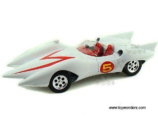 Amm971 Auto World Silver Screen Machines   Speed Racer Mach #5 w/ Figure (118, White) Amm971 Diecast Car Model Auto Vehicle Automobile Metal Iron Toy Toys & Games