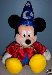 PAL MICKEY talking INTERACTIVE TOUR GUIE PLUSH works at all 4 DISNEY WORLD PARKS works at home. PLAYS GAMES sings Toys & Games
