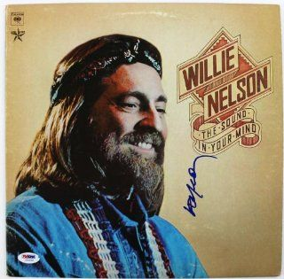 WILLIE NELSON THE SOUND IN YOUR MIND SIGNED ALBUM COVER W/ VINYL CERTIFICATE OF AUTHENTICITY PSA/DNA #U25900 Entertainment Collectibles