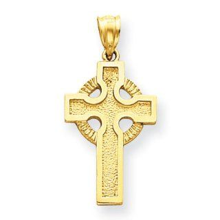 14k Yellow Gold Celtic Cross Pendant. Metal Wt  1.9g Jewelry