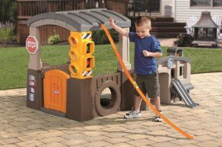 Race 'n Re Fuel Pit Stop Playhouse Toys & Games