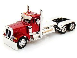 Peterbilt Model 379 Tractor 1/32 Solid Red Toys & Games