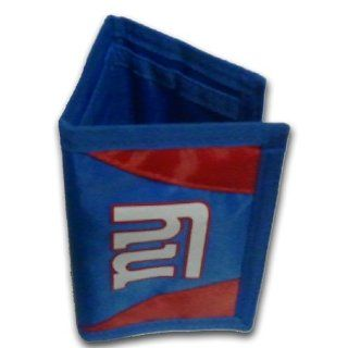 New York Giants NFL Chamber Men's Trifold Wallet  Sports Reflective Gear  Sports & Outdoors