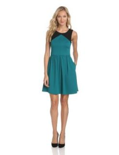 Jessica Simpson Women's Yoke Bodice Dress With Back Cut Out, Everglade, 2