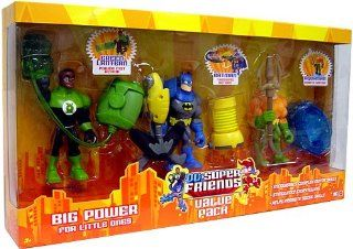DC Super Friends Action Figure 3 Pack Green Lantern, Batman and Aquaman Toys & Games