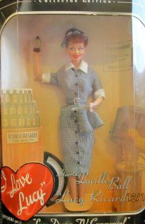 Barbie Lucy Does a TV Commercial Doll   I Love Lucy Episode 30 Collector Edition (1997) Toys & Games
