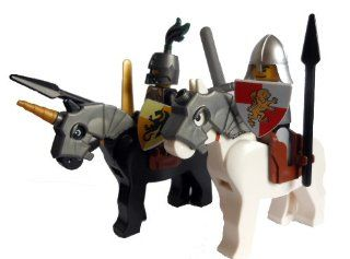 LEGO 2 Knights on Horses Minifigures with Armor, Weapons & Shields Toys & Games