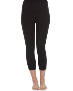 Womens Ready to Wow Structured Capri Leggings   Spanx   Black (L)
