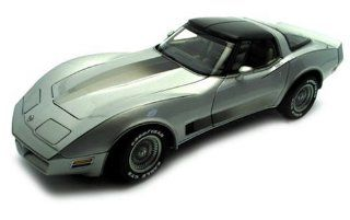 Chevrolet Corvette 1982 Collector Edition (Silver) Toys & Games