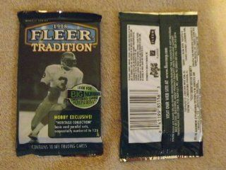 (1) 1998 Fleer Tradition Unopened Hobby Pack from Box Possible Peyton Manning RC  Sports Related Trading Cards  Sports & Outdoors