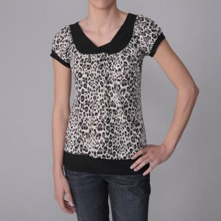Journee Collection Womens Leopard Print Stretch Knit Top