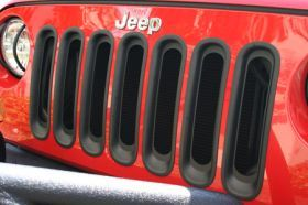 2007 2016 Jeep Wrangler Bar Billet Grilles   Rugged Ridge 11306.30   Rugged Ridge Grille Inserts